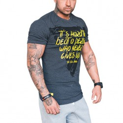 TREC WEAR MEN'S - NEVER GIVES UP - T-SHIRT 038/GRAPHITE